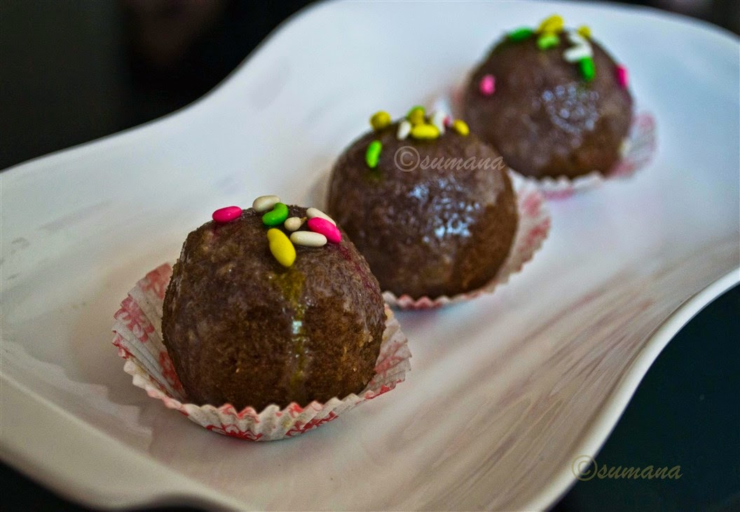 coconut laddu with chocolate powder