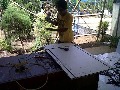 Pembuatan Composite Panel DIPENDA SULUT, Tahun 2012