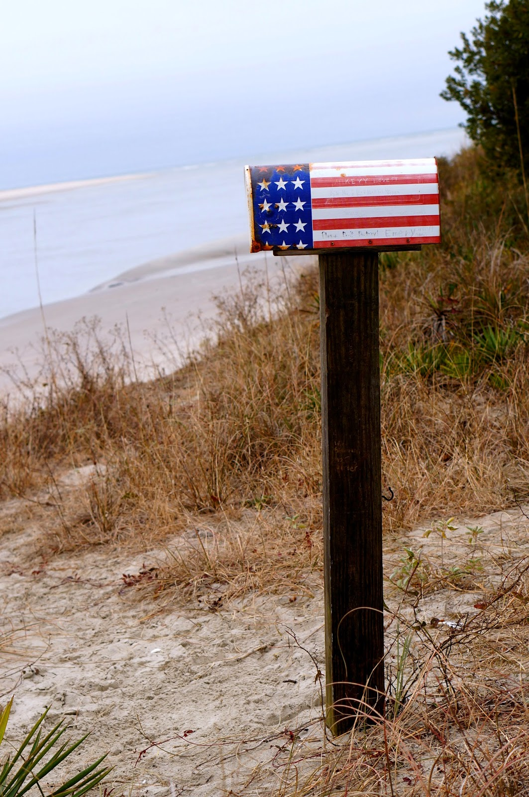 Holden Beach, Kindred Spirit Mailbox, sea shells, Spicy Cheese And Shrimp Bengali Salad,