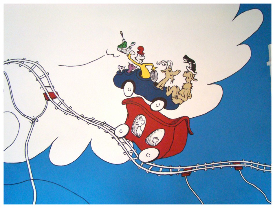 The funky letter boutique dr seuss kid 39 s room idea 3 for Dr seuss wall mural