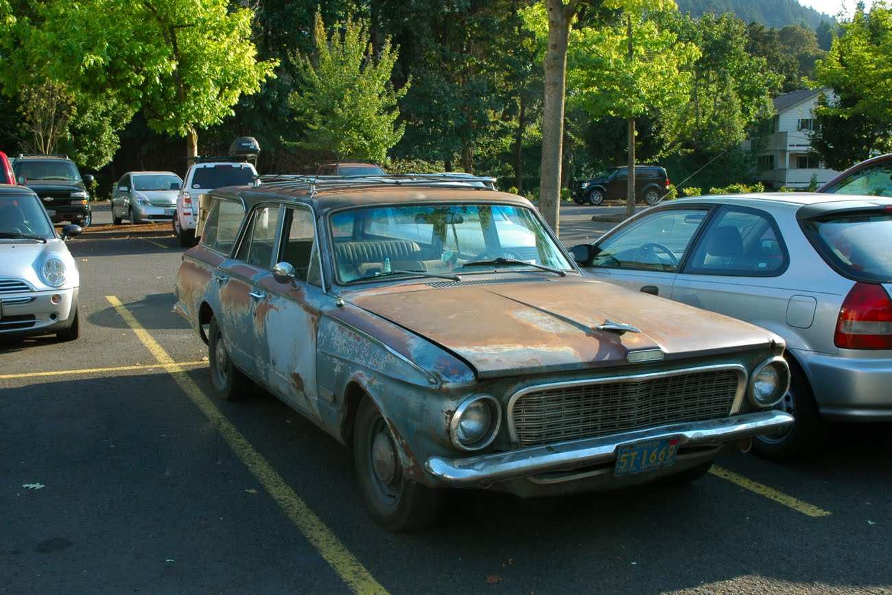 OLD PARKED CARS.: 1963 Plymouth Valiant 200 Wagon.