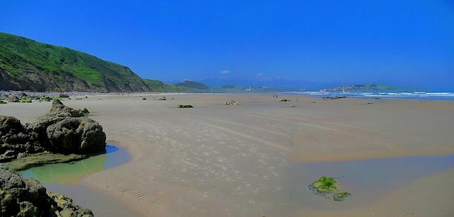 Playa de Gerra en San Vicente de la Barquera