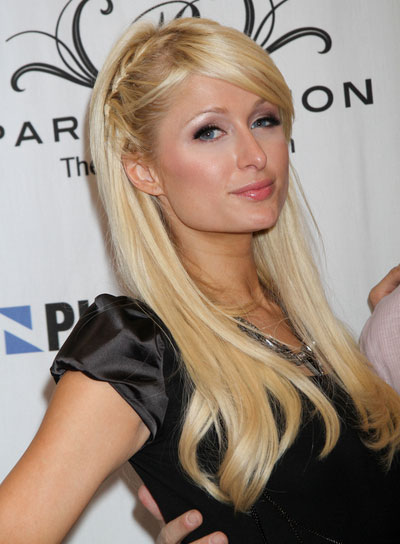 Top 20 Hollywood Celebrities Fashionable Blonde Hairstyles - Paris Hilton