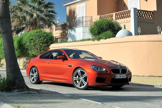 2013 BMW M6 Coupe Front Exterior rear View