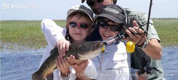 Peligro: Niños Pescando!