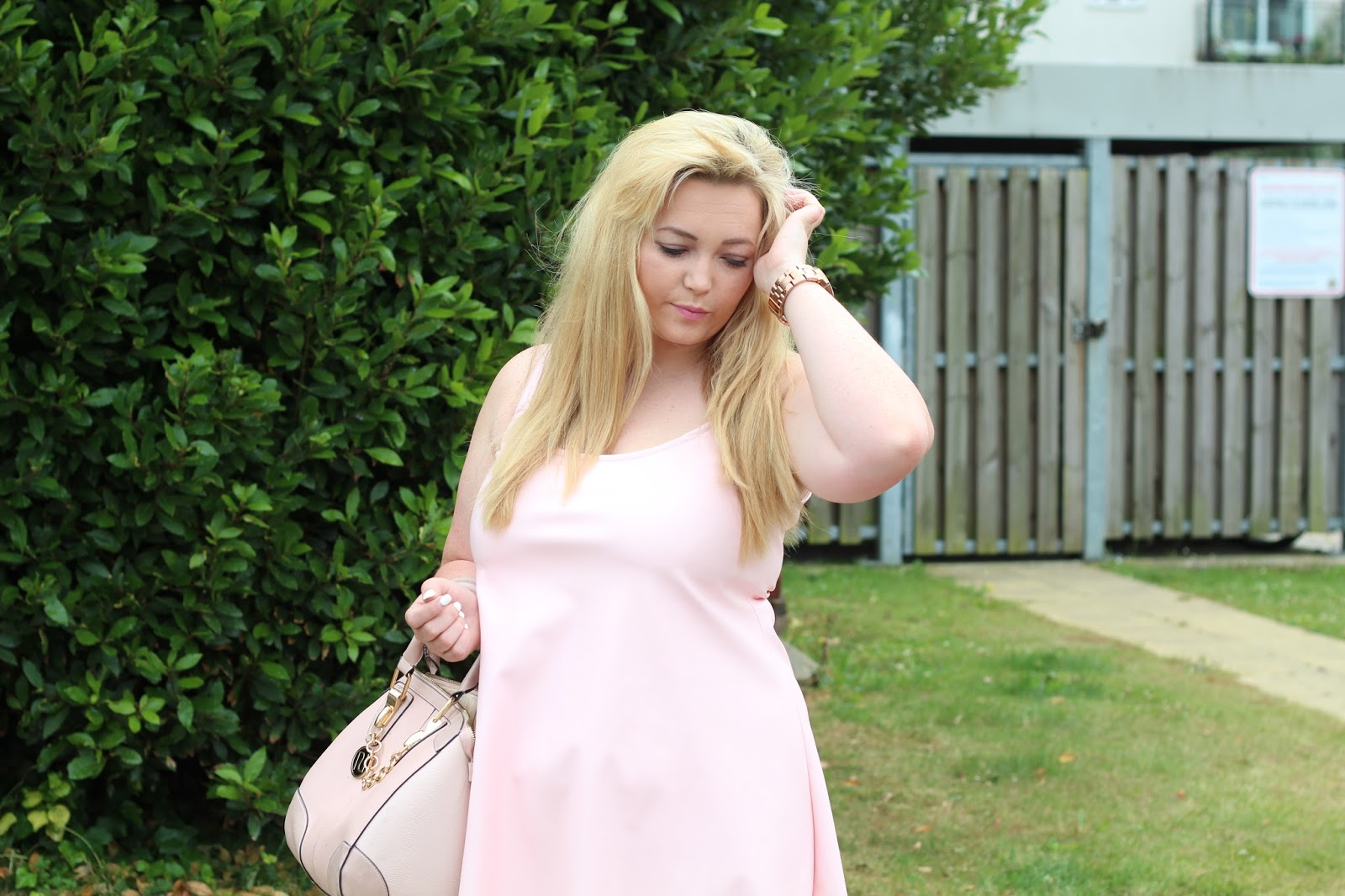 Boohoo pink faux leather swing dress river island pink bag gold chain