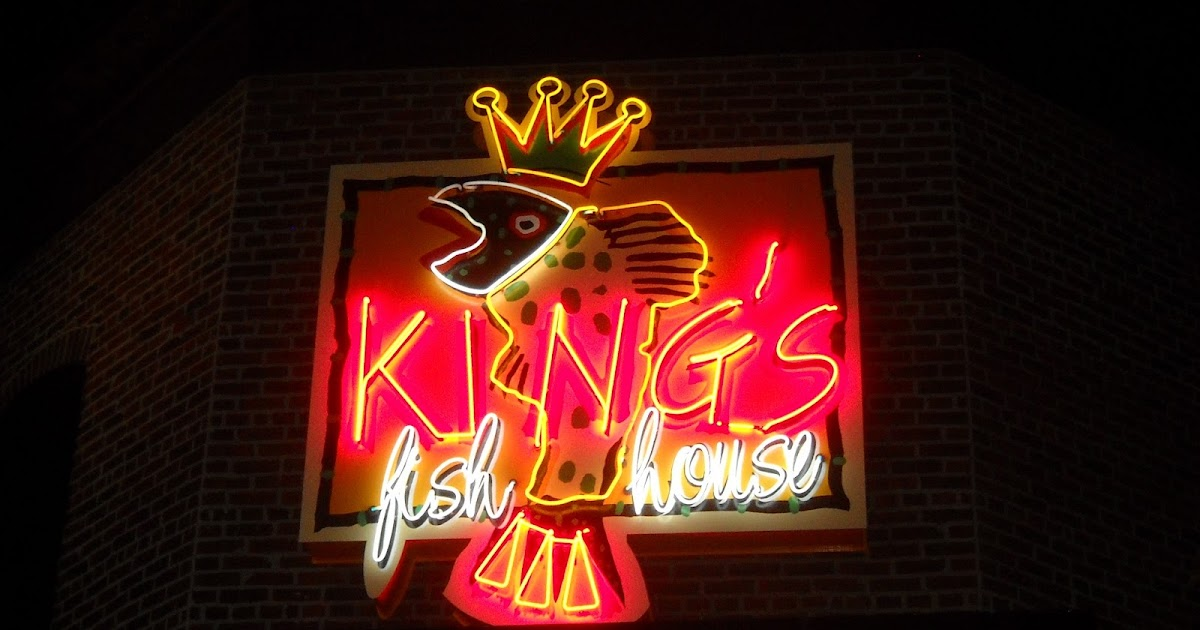 Eating my way through oc king 39 s fish house to the tower for King fish house huntington beach ca