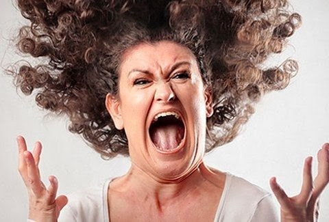 Οργή και θυμός για όλα αυτά που συμβαίνουν στη χώρα μας
