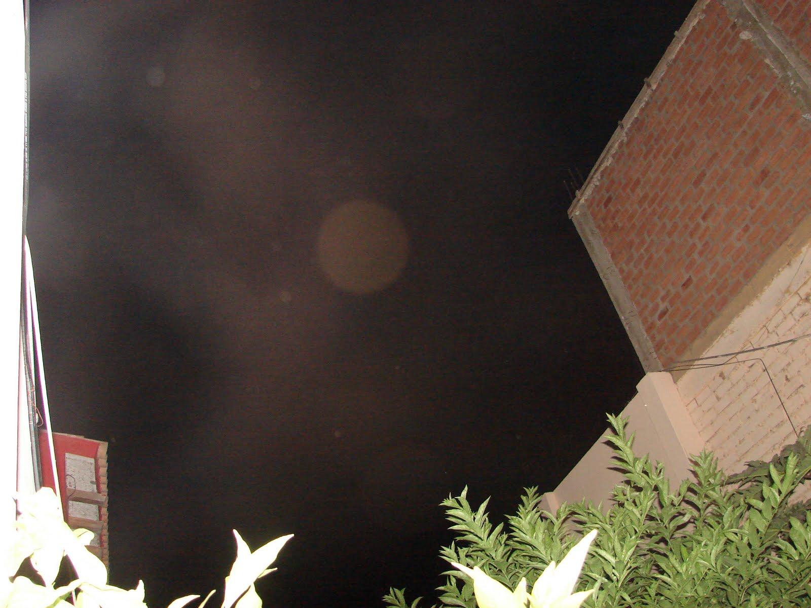 ATENCION-14-15-16-17-...2011 AVISTAMIENTO OVNI ´´X´´por,5ta,noche,sec,ufo..