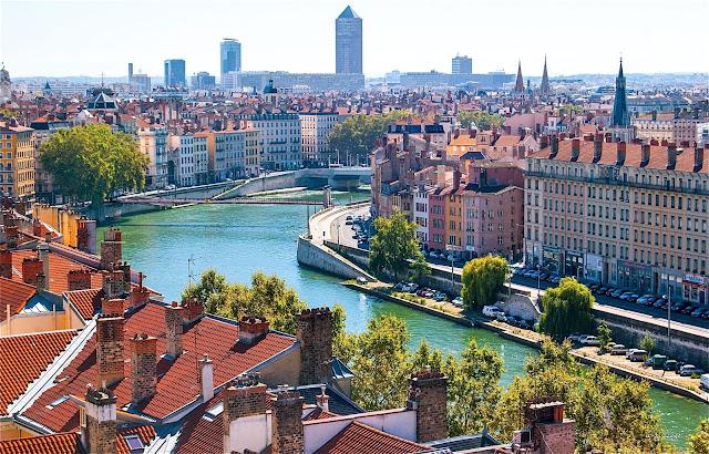 Viajar de trem de Barcelona a Lyon
