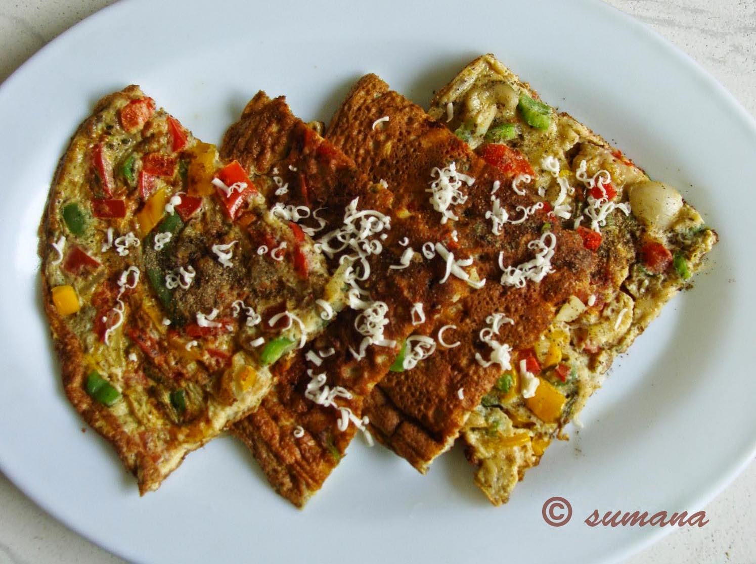 easy spanish omelet recipe with potato tomato red yellow bell pepper, omelette recipe