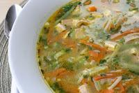 Sopa de Vegetais e Macarrão com Tofu Assado
