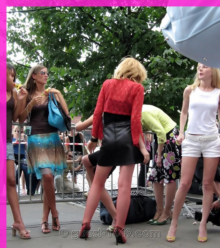 Nice Girls On Stilettos