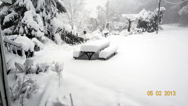 14 inches of snow on May 2, 2013