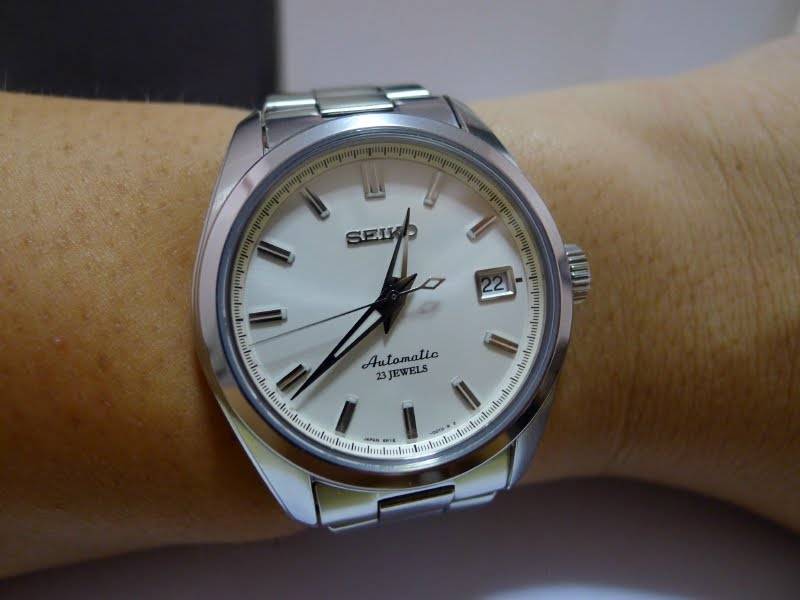 WATCHES-LIMITED