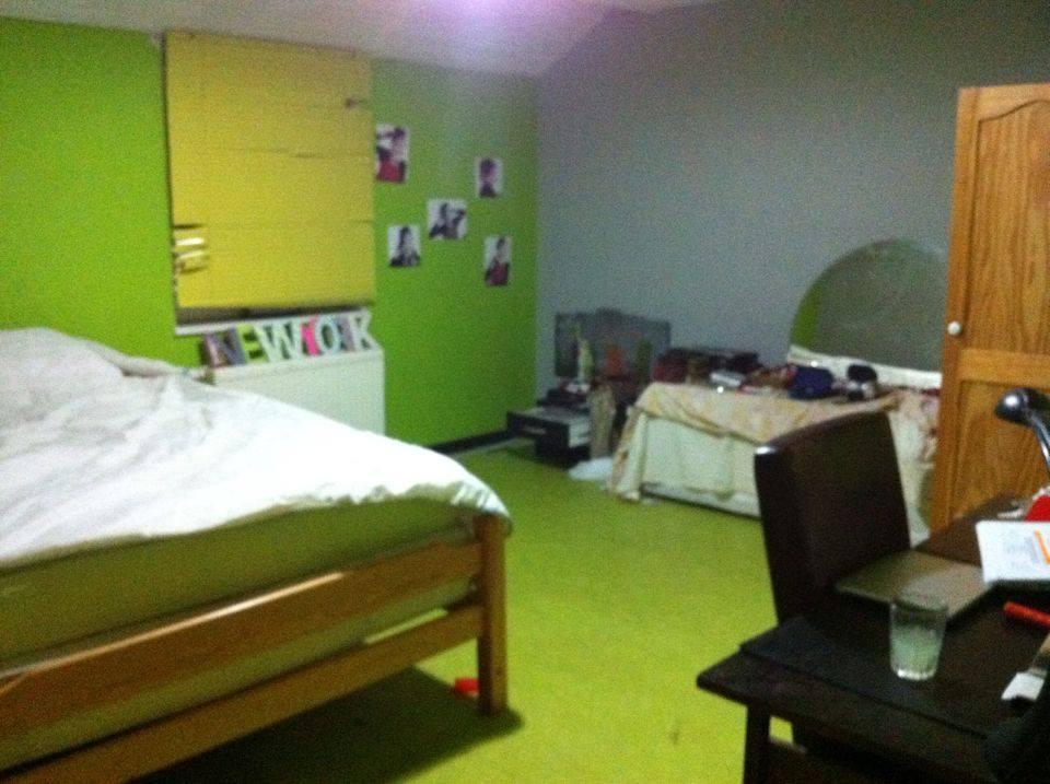Gent la roche marie beschijft haar kamer - Relooker haar kamer ...