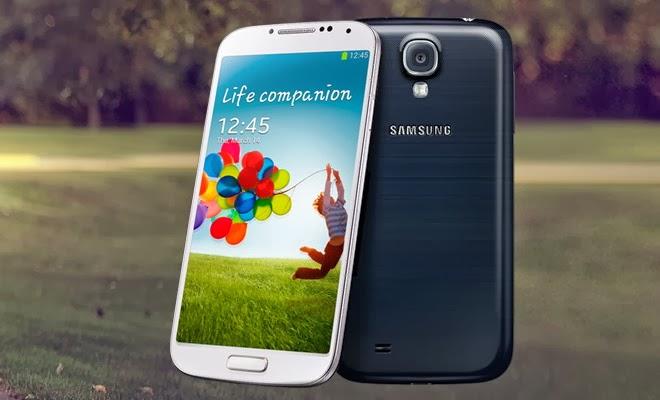 Spesifikasi Samsung Galaxy S4 dibagian belakang kamera memiliki 13 MP