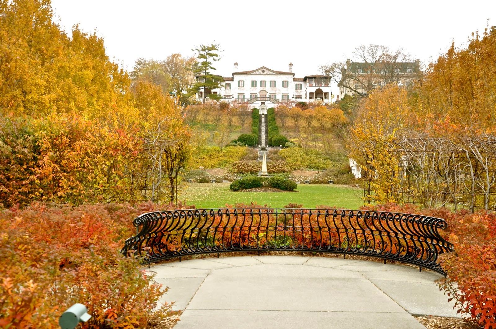 Lynden sculpture garden wedding