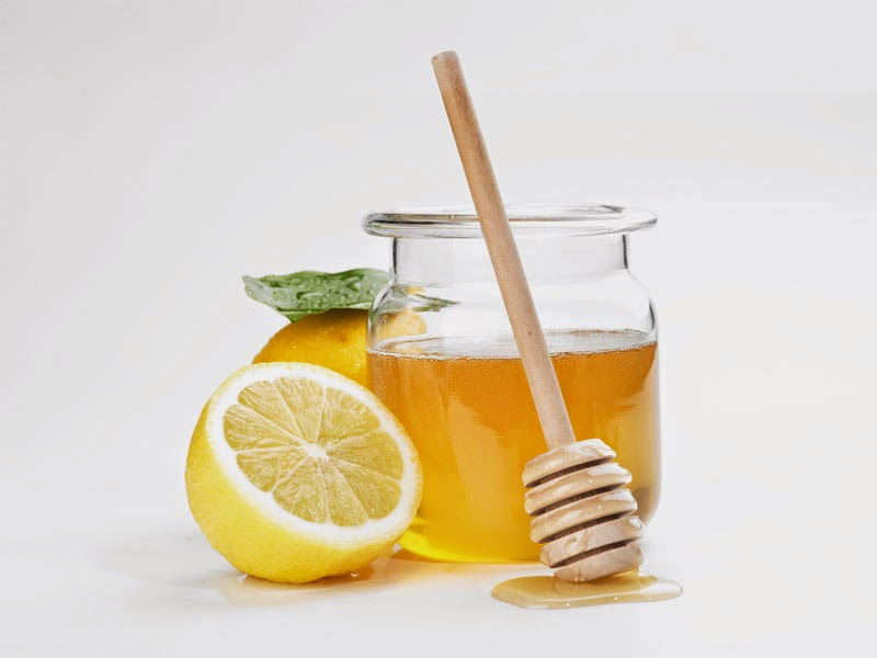 Lemon and Honey Juice for Baby Acne