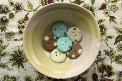 Aprenda a fazer botões em casa