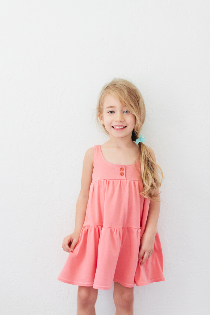 http://prudentbaby.com/2013/04/baby-kid/how-to-sew-a-jersey-knit-dress-2-ways-free-pattern/