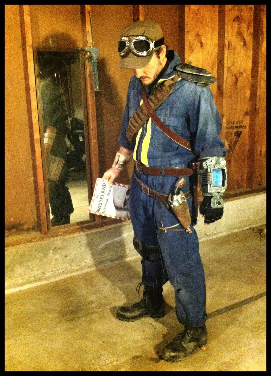 World Of Technology: Happy Fallout-o-ween! Costume and