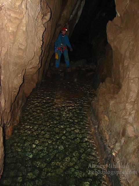 Подземное озеро пещера Грез
