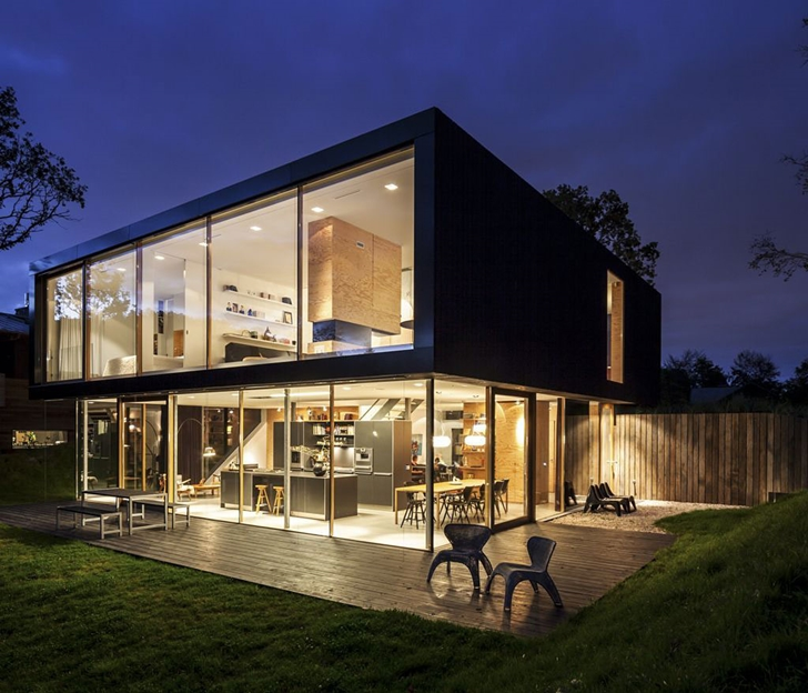 Modern Villa V by Paul de Ruiter Architects at night