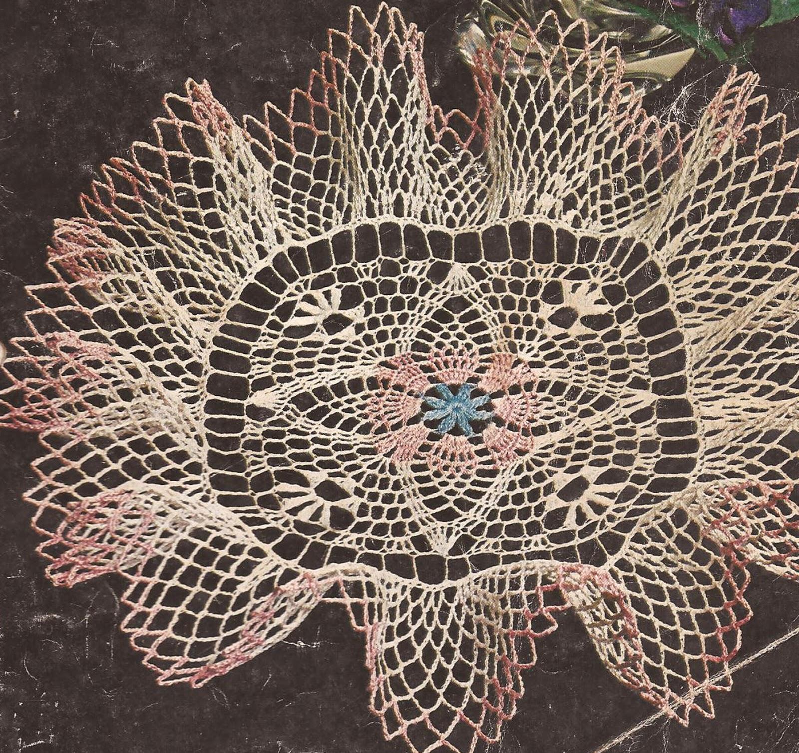 Centro de Mesa con Volante a Crochet