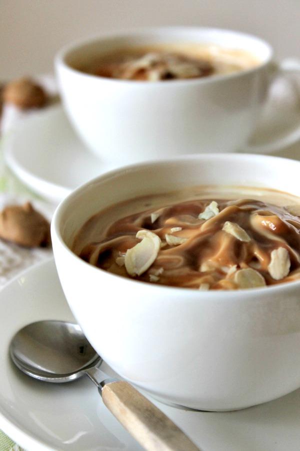 Caramel Amaretti Cheesecake Cups
