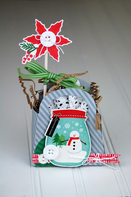 Christmas Die Cut Box by Jen Gallacher from www.jengallacher.com.
