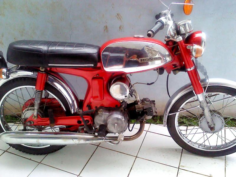 HONDA S90Z 1970 (MERAH) title=