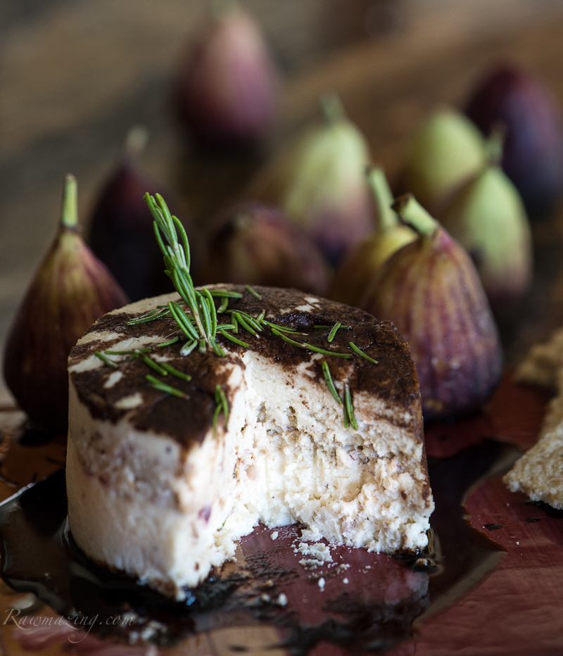 Rosemary-Honey-Vegan-Cheese-with-Figs-Balsamic via Rawmazing as seen on linenandlavender net - http://www.linenandlavender.net/2014/04/a-feast-for-eyes.html
