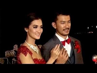 Foto Pernikahan Rio Dewanto dan Atikah Hasiholan