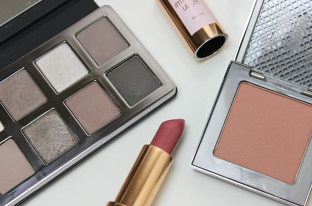 The perfect autumn palette with the Bobbi Brown Greige Eye Palette