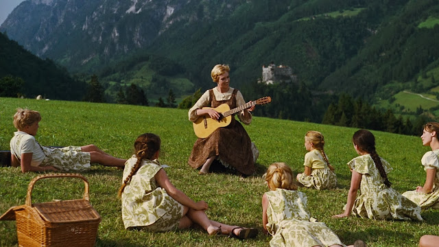 Sound of Music, musical, the hills are alive, do ray me, curtain dress, clothes made from curtains, dirndl, Julie Andrews