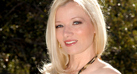 13 Fun Facts about hot Heidi Hanson