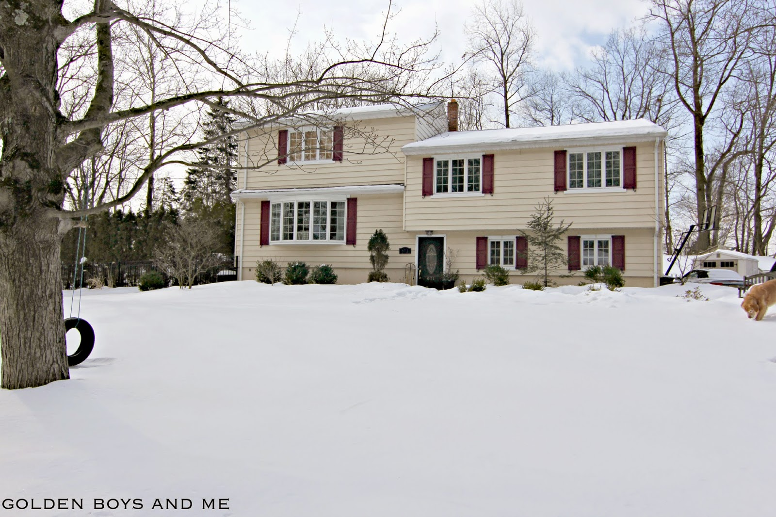 Split level suburban home in snow-www.goldenboysandme.com