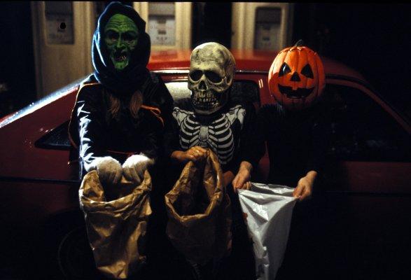 Movies Off My Shelf #20: Halloween III: Season of the Witch (1982 ...