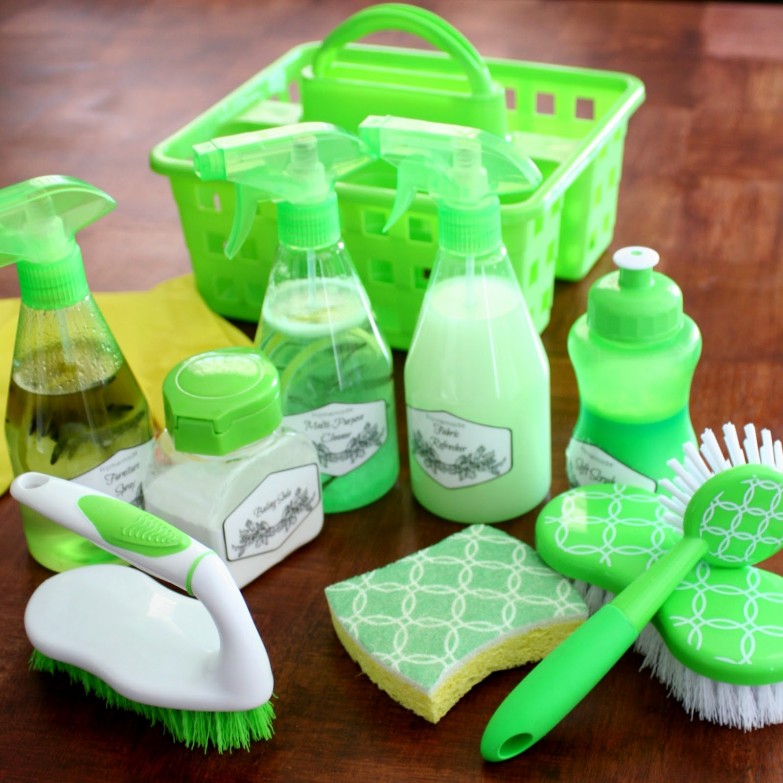 Diy cleaning kit with homemade cleaners jordan 39 s easy entertaining - Home made cleaning products ...