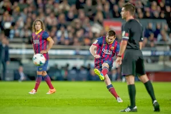 Lionel-Messi-tiro-libre