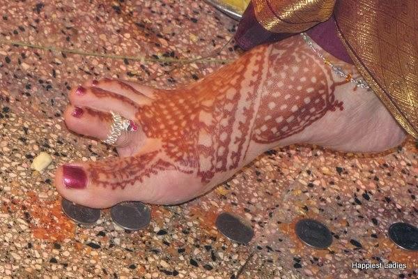 feet bridal henna design