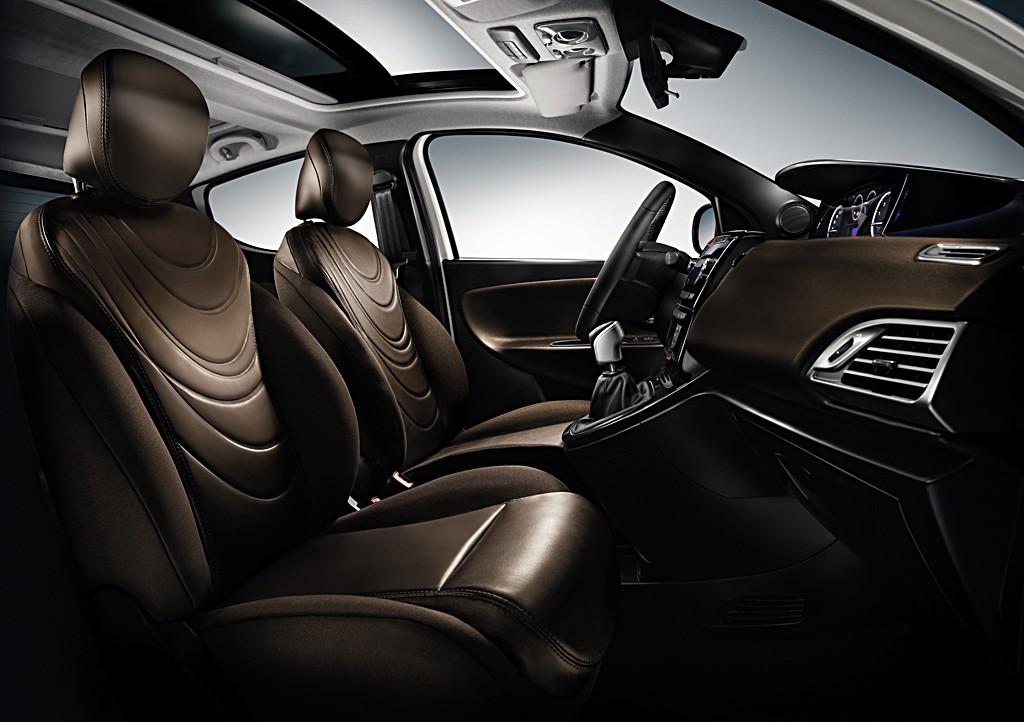 Lancia Ypsilon Diva. la Ypsilon Gold e sborsare