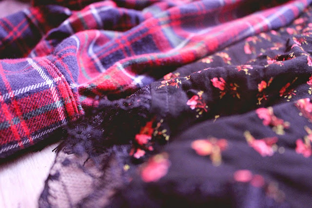 fall, outfits, lookbook, enjoyk, blog, youtube, floral, print, flower, bordeau, burgundy, kimono, asos, creepers, ebay, flanel, tartan, romper, pullandbea, riverisland, leather, hm, leather, scarf, sweater, clothing, clothes, clothing, clothes, derby, mim, newyorker, automne,  french,