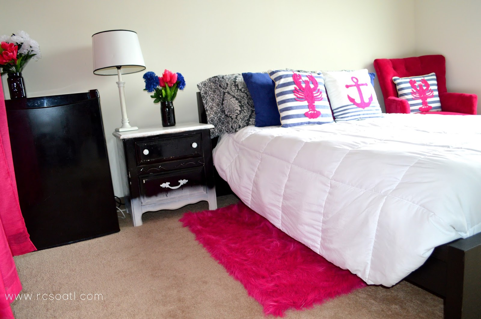 Real College Student Of Atlanta: My New Room! {Hot Pink And Blue Bedroom  Decor}