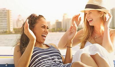 9 Manfaat Tertawa Bagi Kesehatan Mental