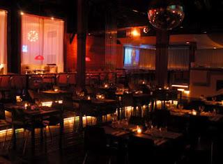 Solos y solas bar