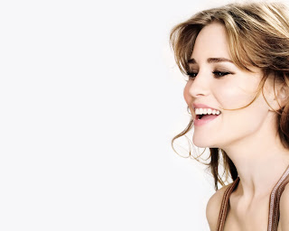 Alison Lohman Wallpapers