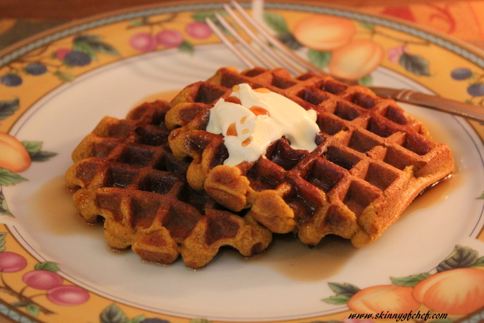Make these easy blender grain-free Pumpkin Pie Waffles in minutes! grain free, refined sugar-free, gluten free