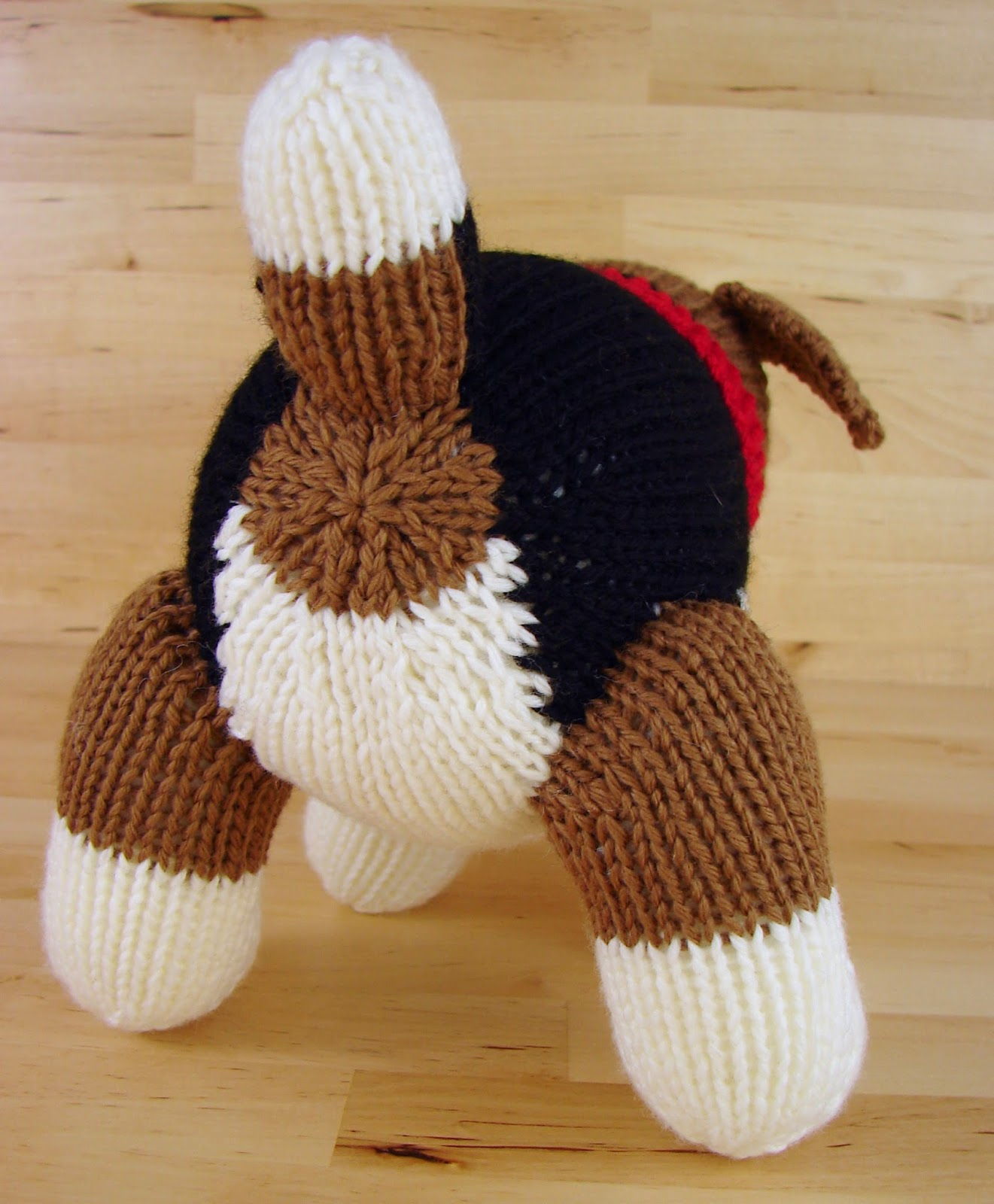 knit beagle dog toy stuffed pattern